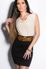 KouCla Letní šaty s páskem béžové a černé